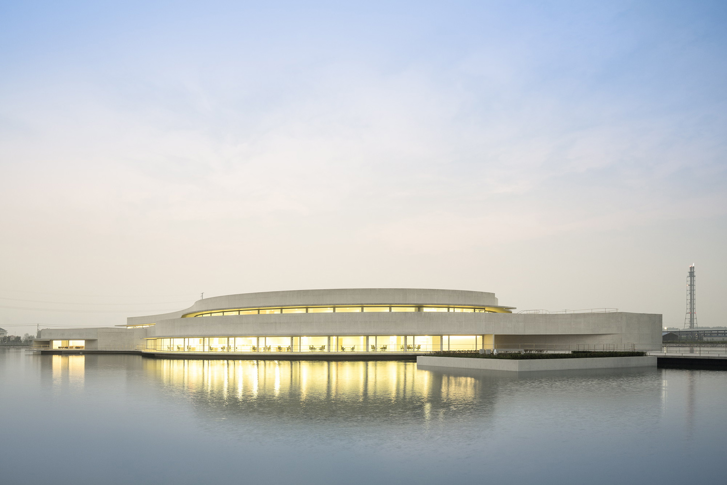 mm_The Building on the Water design by Álvaro Siza + Carlos Castanheira_11