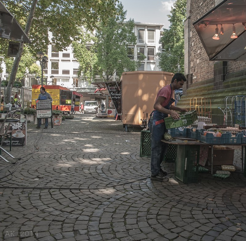 Cologne Weekly Market_St. Aposteln 13