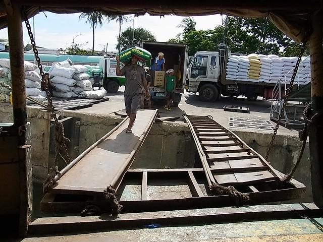 Lapu-lapu Ferry 1 cargo loading