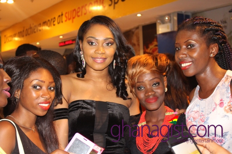 Actress Tana Adelana and her fans