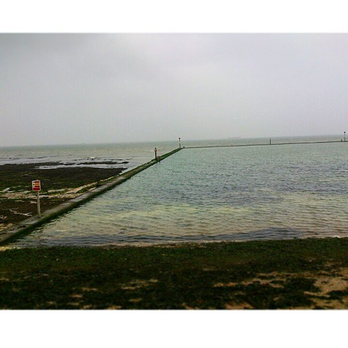 Just went for a swim in this amazing Victorian tidal pool #margate