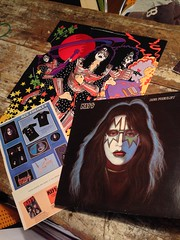Kiss 1st Pressing Vinyl : Ace Frehley : Solo + Poster and Kiss Army Mail Order