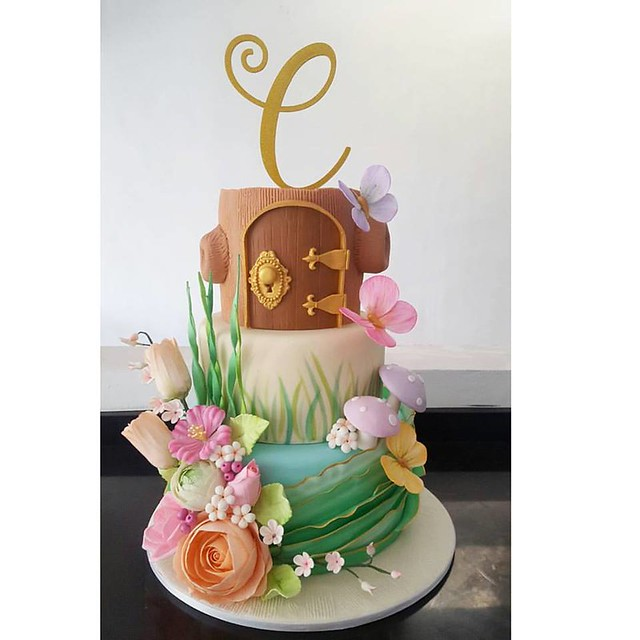 Secret Garden by Sugarplum Pastries