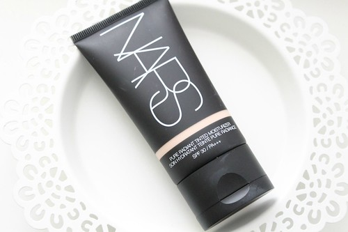 nars_pure_tinted_moisturiser