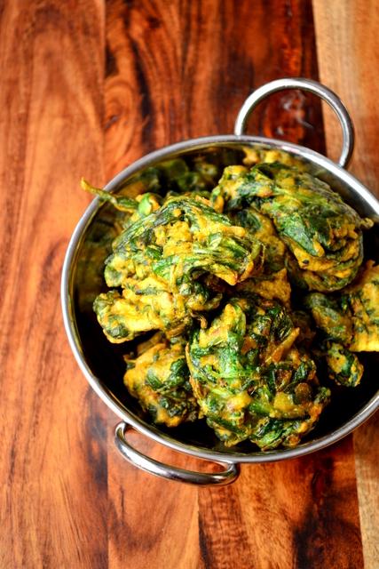 How to Make Spinach Pakoras