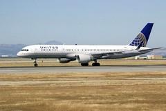 Boeing 757-200, United post-merger colors u_DSC_0358_752_n590ua