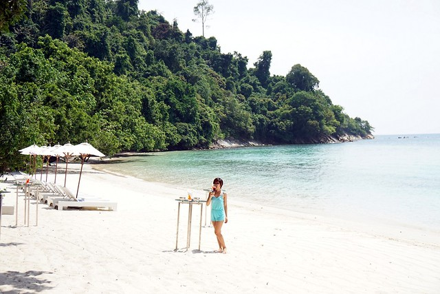 rebecca saw - gaya island resort - review-001