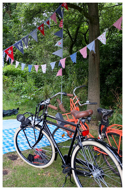 4thJuly_bikes_bunting