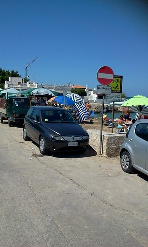 Bivacco a porto contessa foto di Giuseppe Silvio L'Abbate