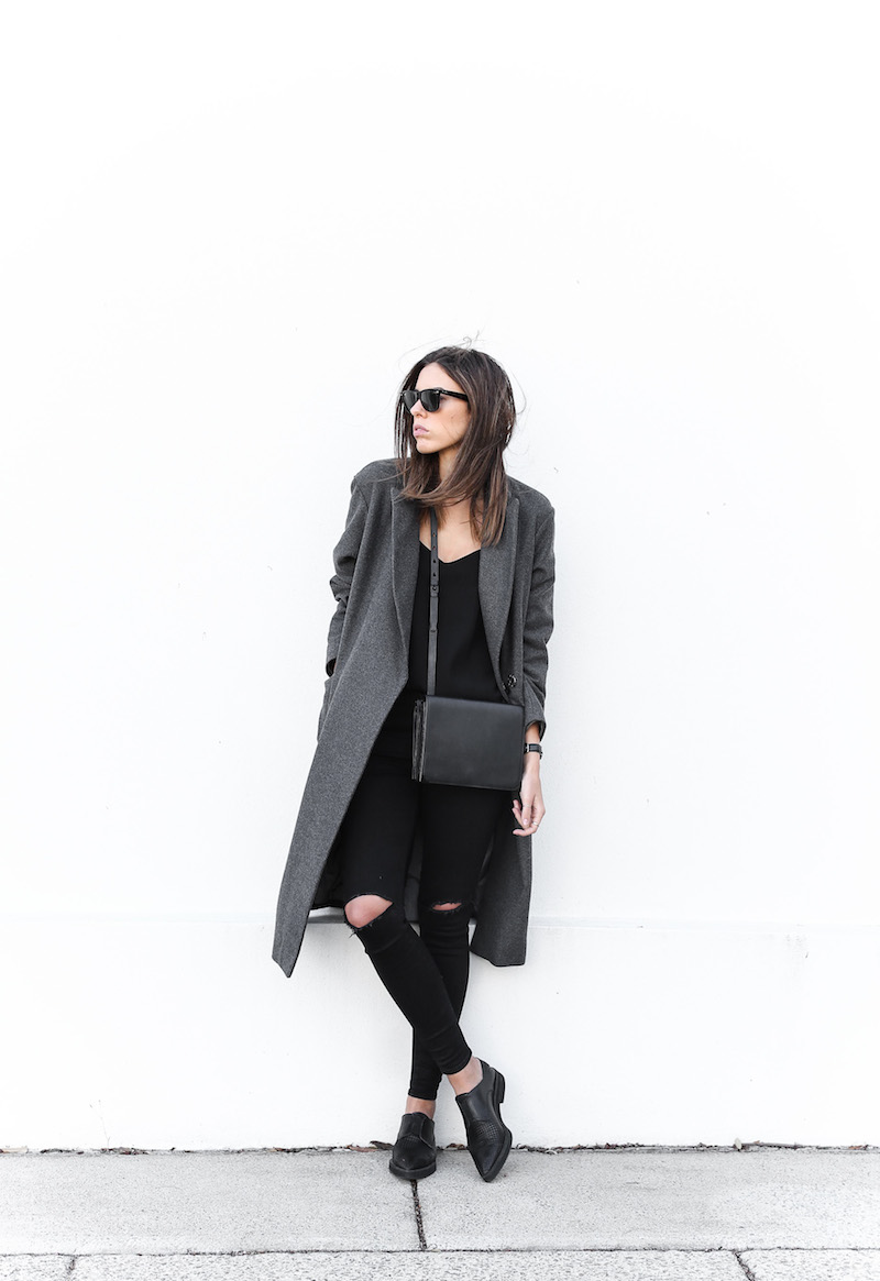 modern legacy fashion blog Australia street style off duty ASOS long grey oversized coat Lee ripped knee black skinny jeans Helmut Lang oxfords Alexander Wang Prisma bag (1 of 13)