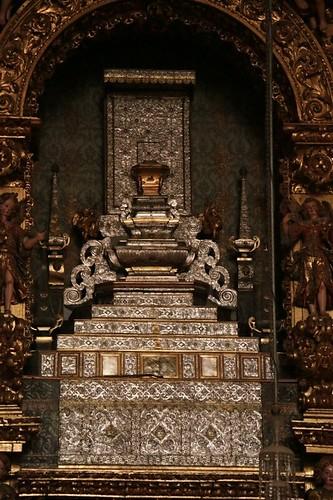 Cattedrale nuova: altare