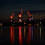 Pula - lighting giants, svijetleći divovi