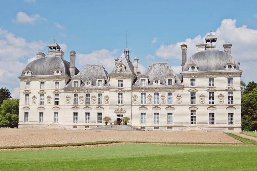 Le ch teau de cheverny bienvenue moulinsart the travel manifest - Le chateau de moulinsart ...