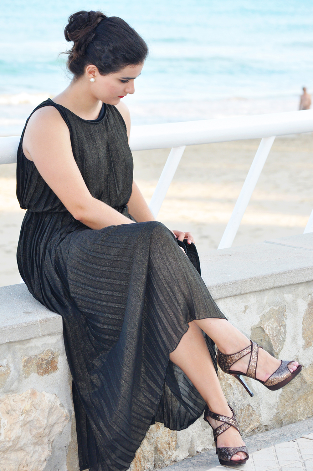 vintage fortuny delphos dress couture valencia fashion blogger, pleated dress long maxi summer somethingfashion vestido, el tiempo entre costuras time in between TV series ancient greece