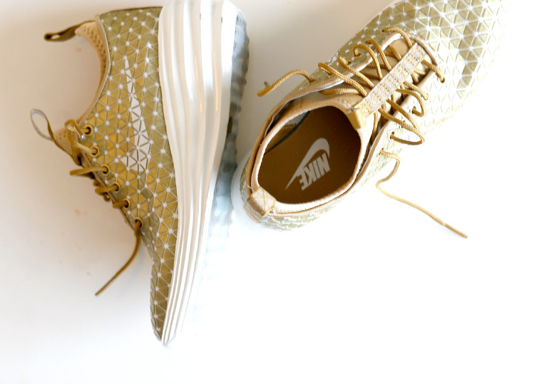 brand new a18c8 8d7fe ... Nike LunarElite Sky Hi City Pack London   Fashion is a party   by  Fashionisaparty