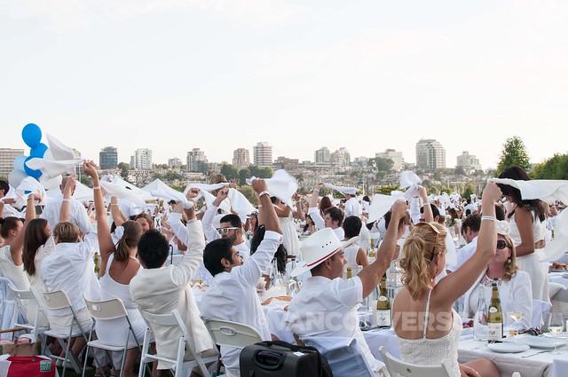 2014 Diner en Blanc Vancouver-8