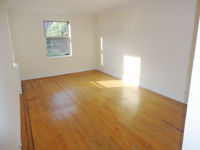 STUDIO RENTAL FOREST HILLS