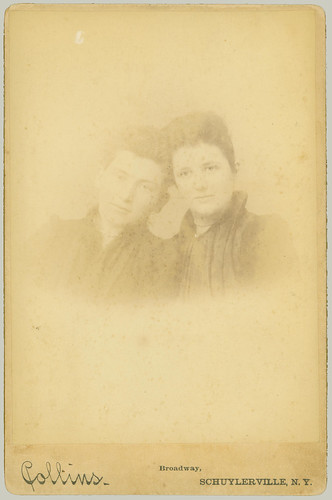Cabinet Card two women