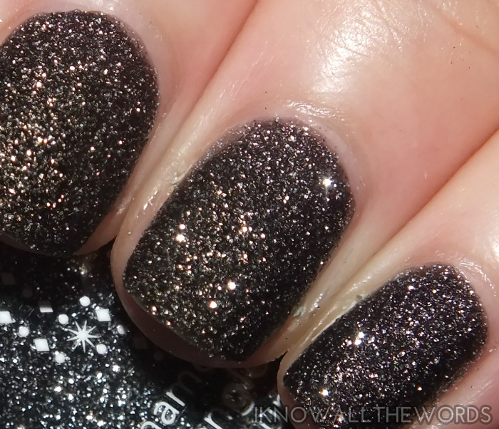 avon stardust nail enamel- black sequins (1)