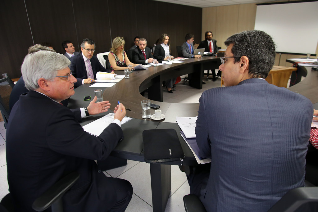 CNJ e instituições discutem acesso dos detentos a documentos e à cidadania