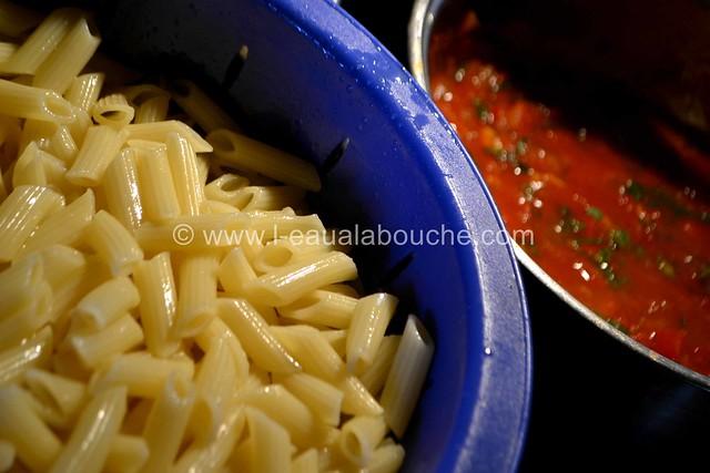Penne Rigate aux Crevettes à l'Arrabiata © Ana Luthi Tous droits réservés 016