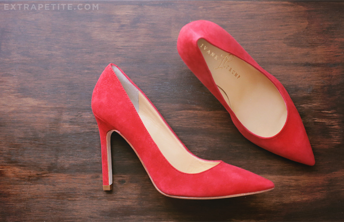 red trump pumps