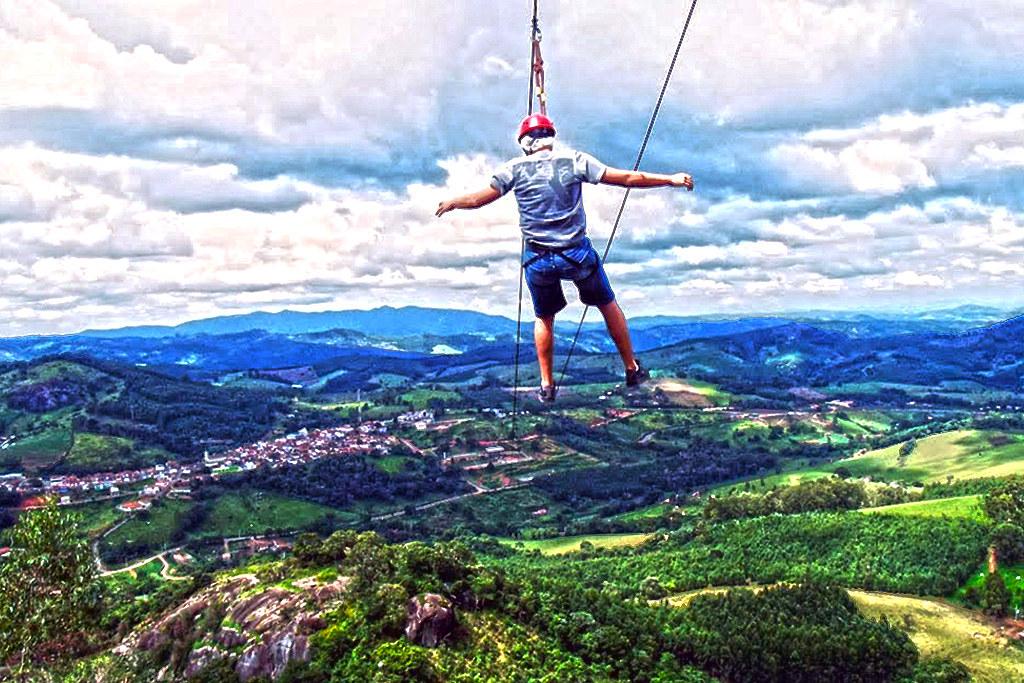 Mega Tirolesa (1.900 metros)