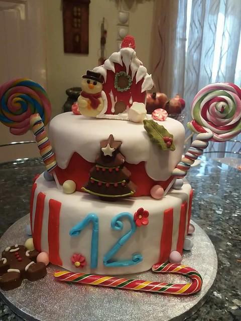 Christmas Cake by Elena Pvld