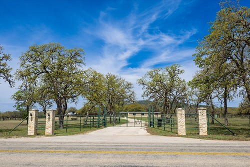 01 Twin Oaks Equestrian Ranch