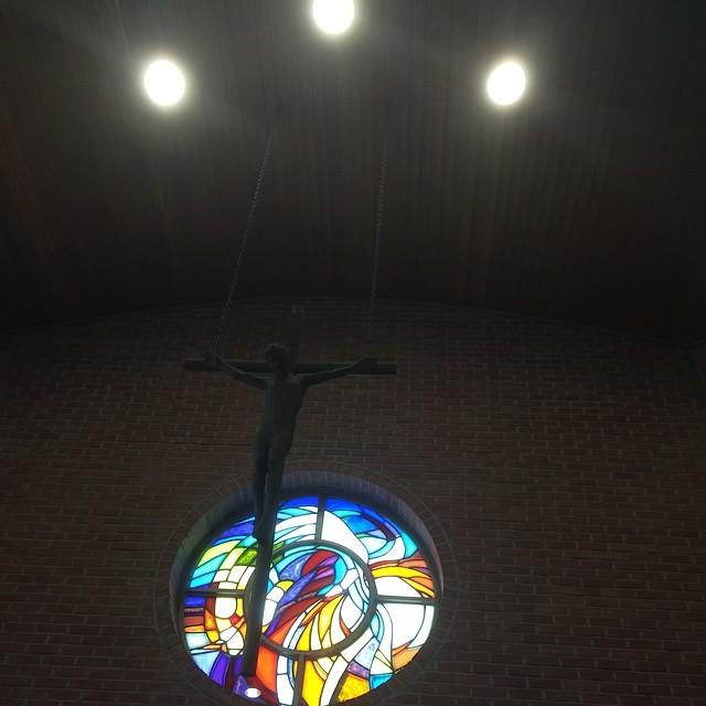 성전 십자가상.