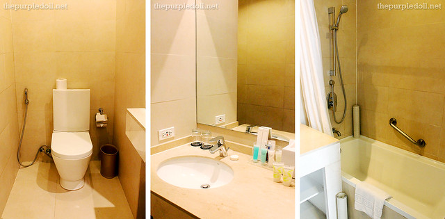 B Hotel Alabang Penthouse Suite Bathroom
