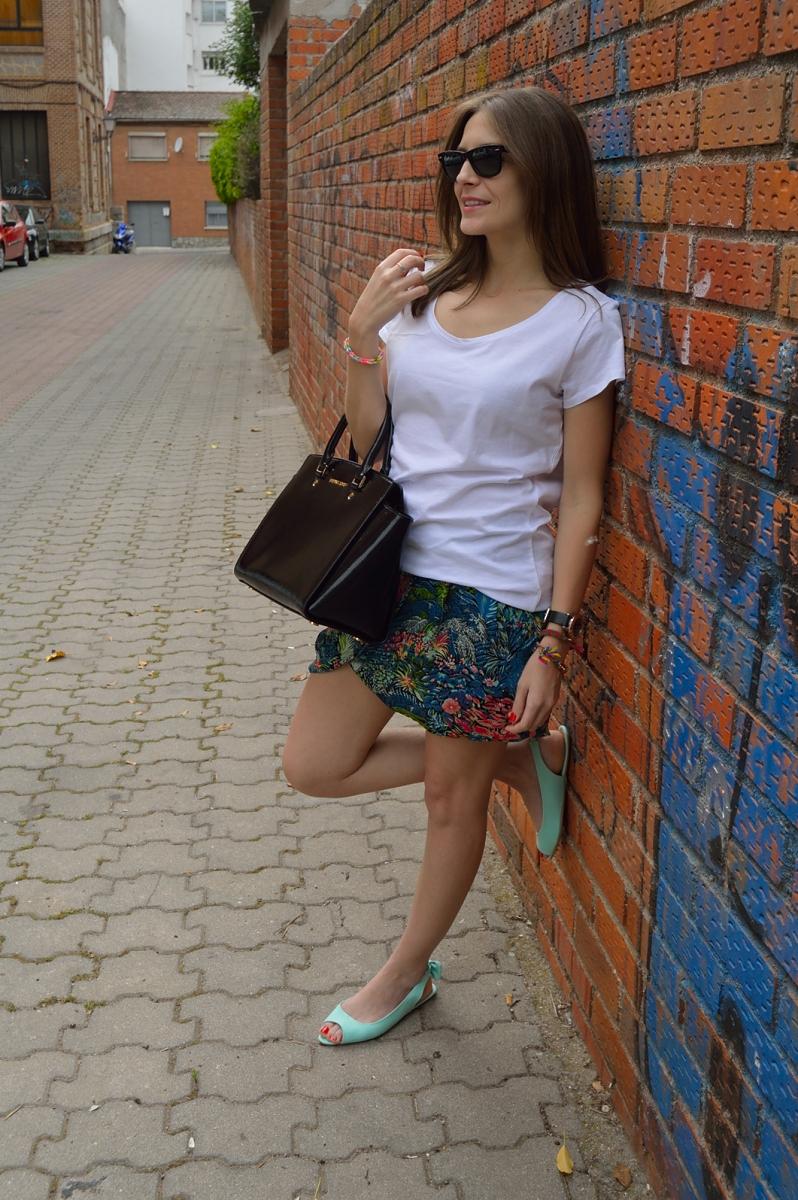 lara-vazquez-madlula-blog-fashion-skirt-look