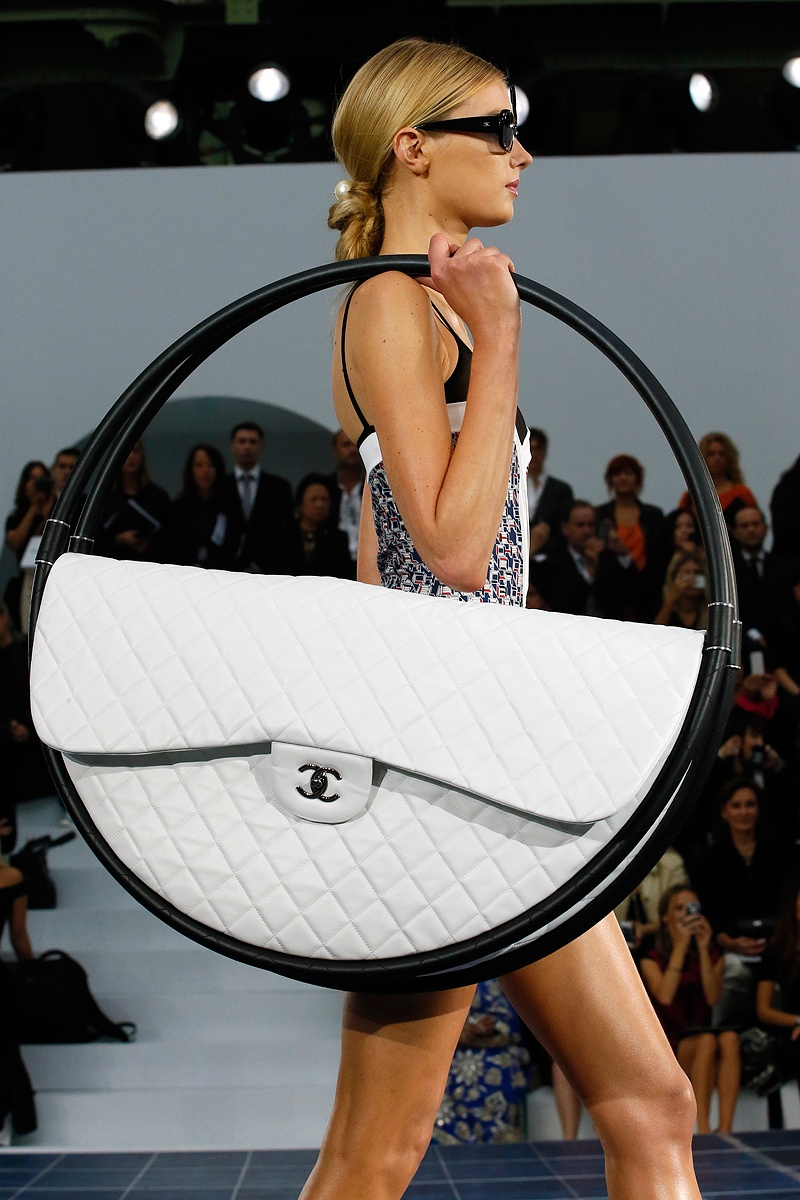 slide-show-chanel-novelty-bags15_145535889025.jpg_gallery_max