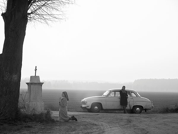 Agata Trzebuchowska and Agata Kulesza uncover a very dark family past in IDA.
