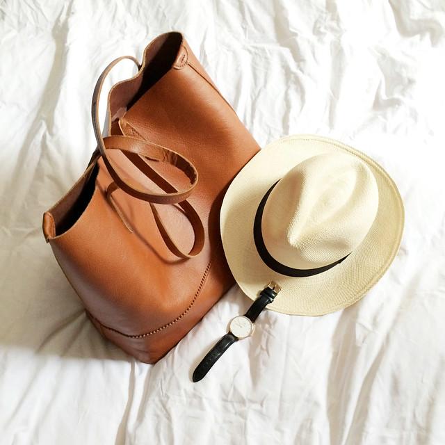 Travel essentials www.apairandasparediy.com