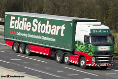 Volvo FH 6x2 Tractor with 3 Axle Curtainside Trailer - KT13 FLW - H4930 - Julie Dawn - Eddie Stobart - M1 J10 Luton - Steven Gray - IMG_6825