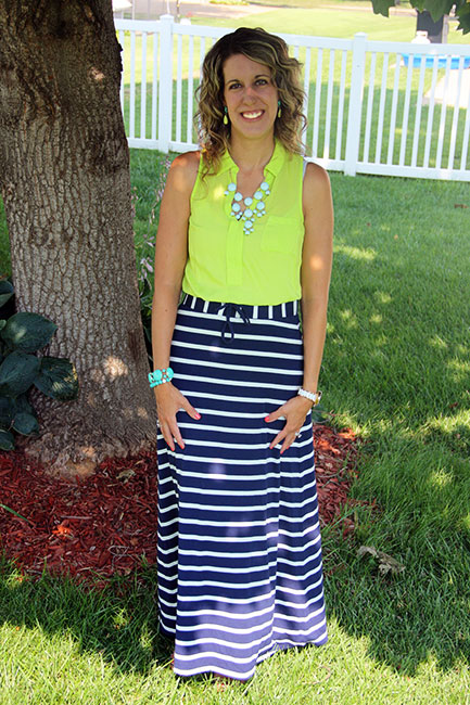 What to wear with blue white striped skirt – Modern skirts blog ...