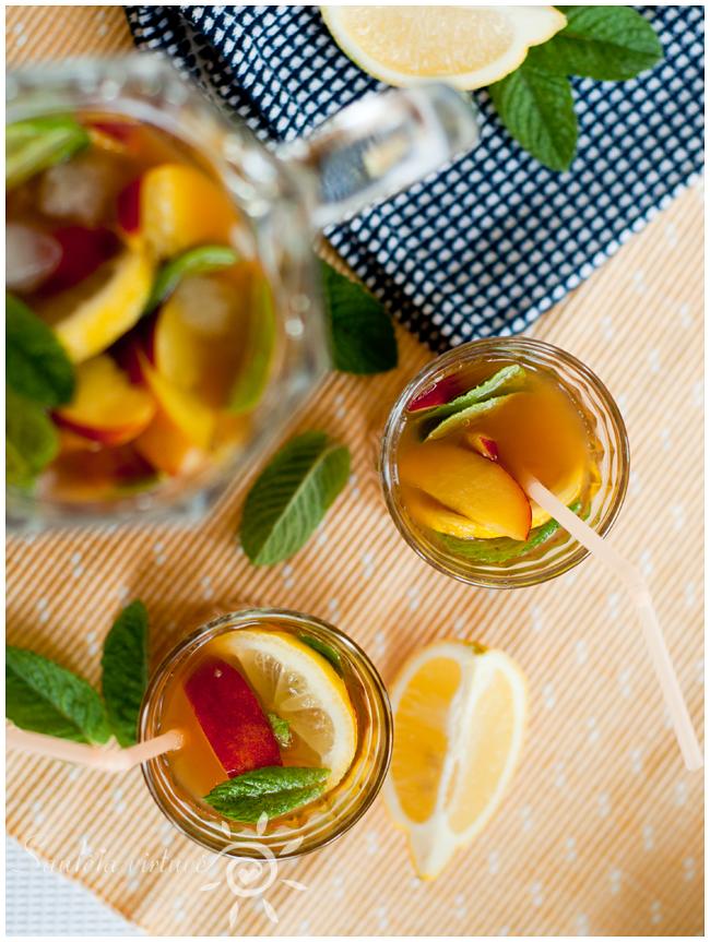 Šalta juodoji arbata su persikais (4)