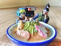 naruto eating some ramen. Itadakimasu!