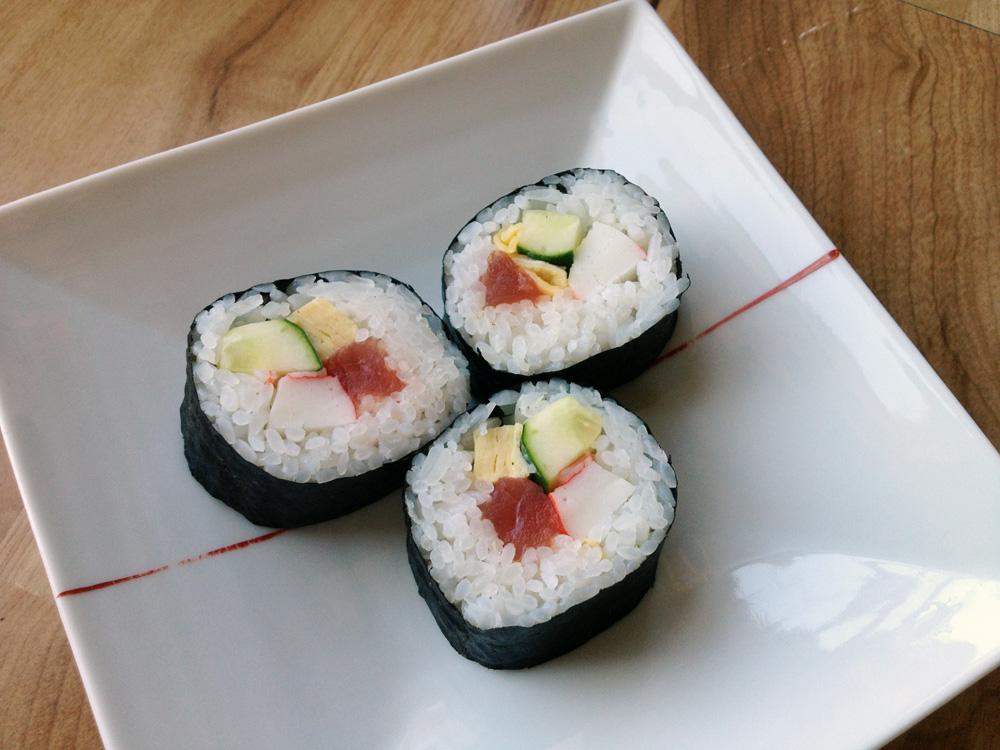 sushi rolls 3