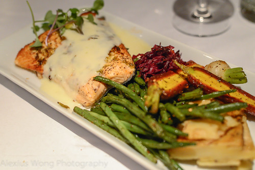 Sauteed Salmon with Garlic Flower Sauce