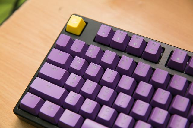 換個顏色換個心情,Ducky 透光鍵帽組 – 紫色版 @3C 達人廖阿輝