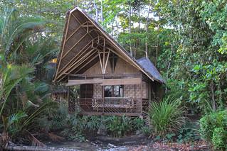 Onze bungalow, gezien vanaf het strand