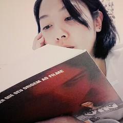 Aquele livro que consegue despertar em mim toda a sorte de pensamentos, sentimentos e reflexões. #100happydays #day18