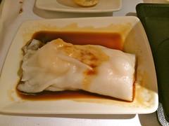 pierogi(0.0), jiaozi(0.0), meal(1.0), food(1.0), dish(1.0), rice noodle roll(1.0), dumpling(1.0), cuisine(1.0),