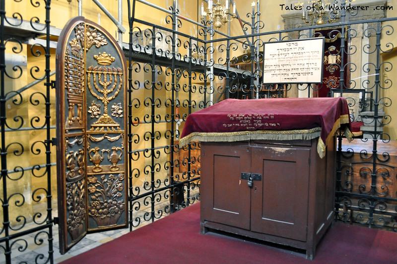 Jose Armario Salary ~ La Sinagoga Remuh y el antiguo cementerio judío de