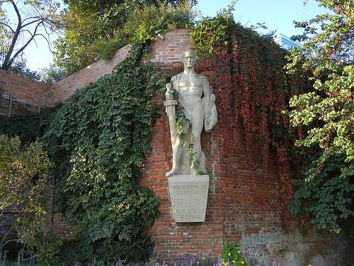 DSCN8973 _ Furchtlos und Treu - Fearless and faithful - Inf.RGT.27 - 1682-1918, Schloßberg, Graz