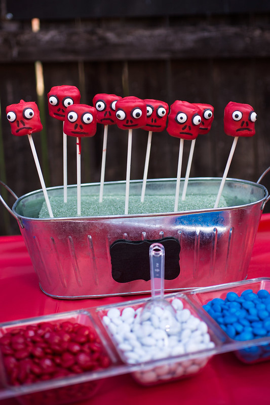 Captain America Party Red Skull Pops #HeroesEatMMs #Shop