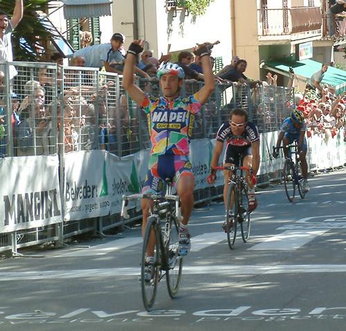 La vittoria di Paolo Bettini nella Coppa Sabatini 2002