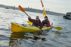 canoe sprint(0.0), whitewater kayaking(0.0), vehicle(1.0), kayak(1.0), boating(1.0), kayaking(1.0), watercraft(1.0), sea kayak(1.0), canoeing(1.0), boat(1.0), paddle(1.0),